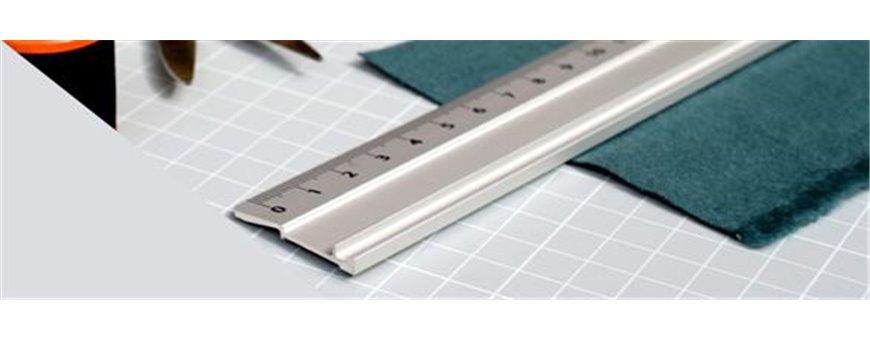 Règle standard en aluminium